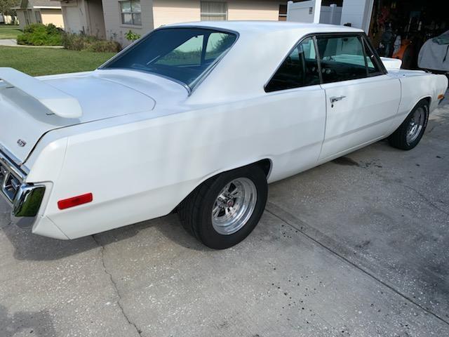 1972 Dodge Dart Swinger - 3/4